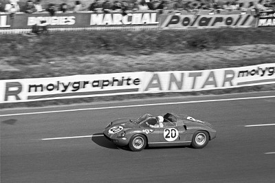 Photo-Ferrari-275-P-Artcurial_article_l_retromobile_eng.jpg
